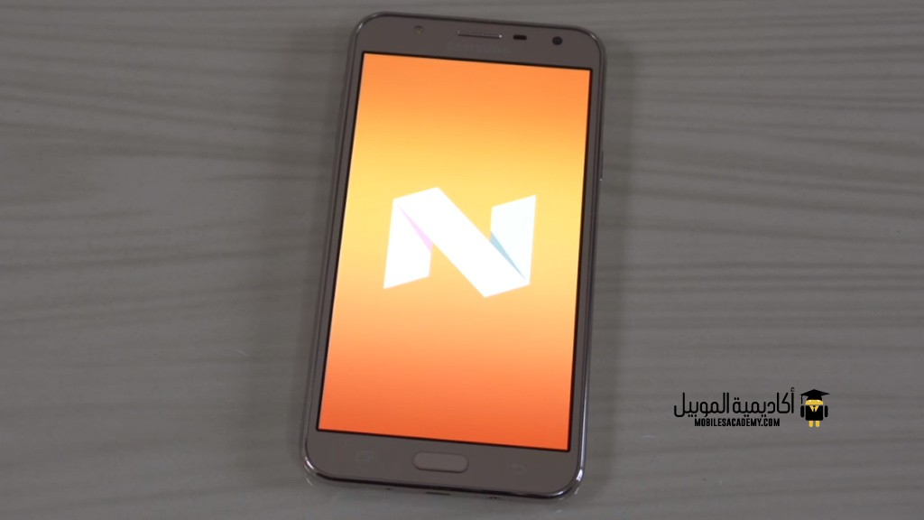 Samsung Galaxy J7 Nxt android